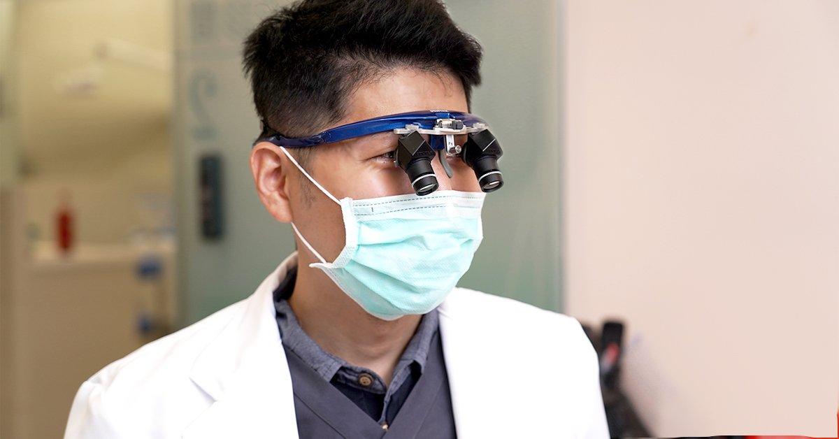 You are currently viewing 專科醫師帶你了解牙周病與植牙,張瑞杰醫師
